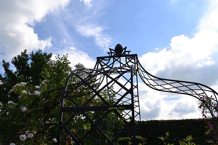 Detail Photo des Metall Pavillon Kiftsgate