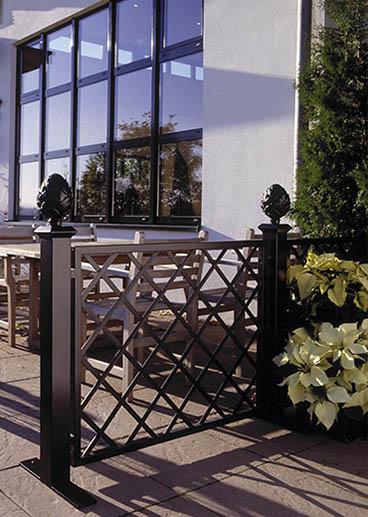 Kunstschmiede Zaun für Restaurant Terrasse
