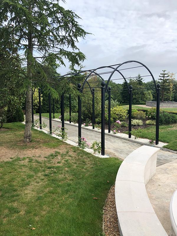 Romantischer-Laubengang-aus-Metall-Modell-St-Albans-Von-Classic-Garden-Elements-Verzinkt-Höchste-Qualität-10-Jahre-Garantie-auf-Rost-Auch-Fertigung-auf-Maß-9