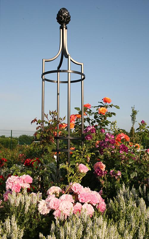 garten obelisk i rankobelisk aus metall classic garden. Black Bedroom Furniture Sets. Home Design Ideas