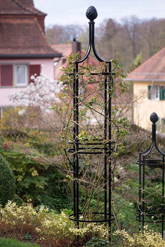 garten obelisk i rankobelisk aus metall classic garden. Black Bedroom Furniture Sets. Home Design Ideas