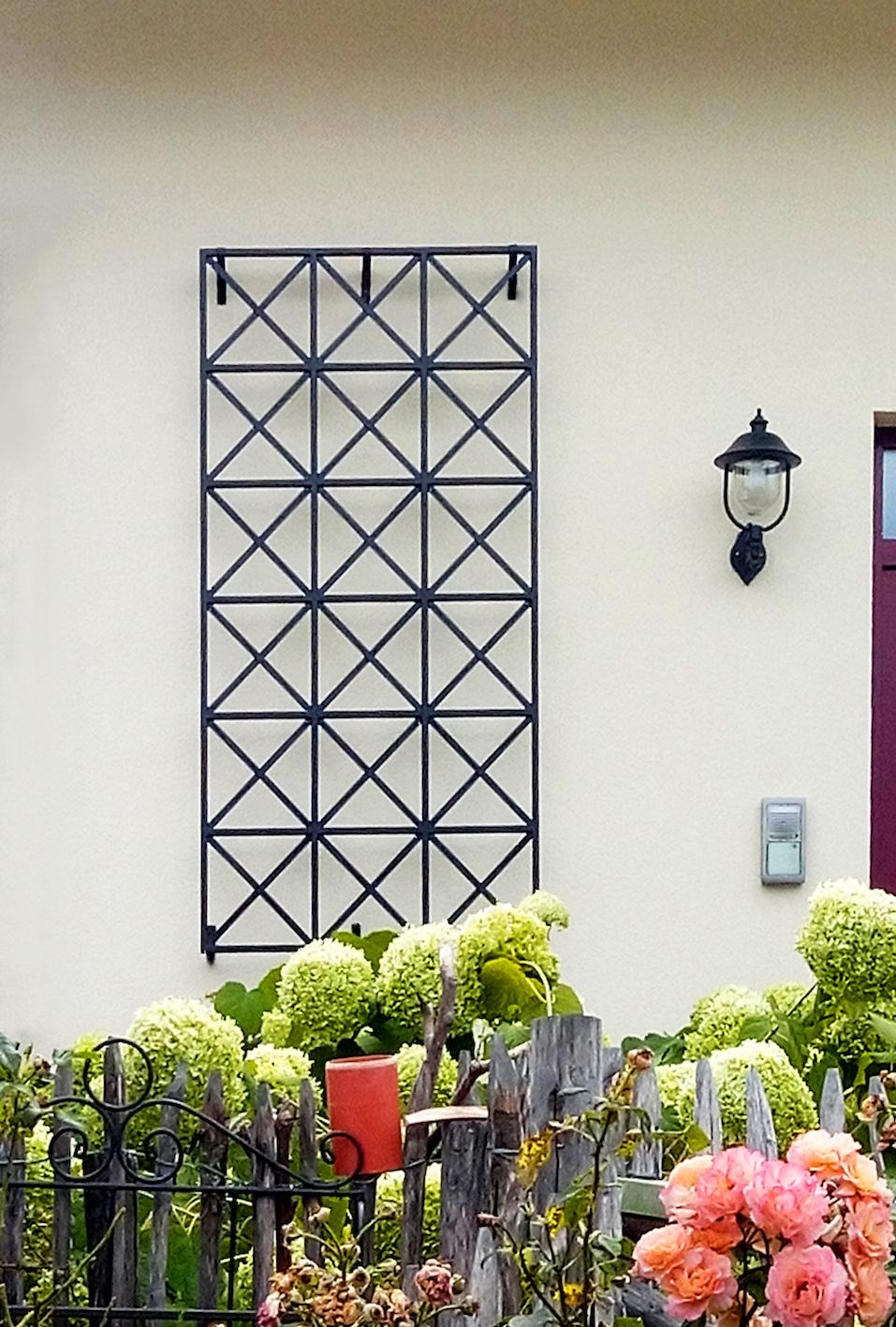 Wand Rankgitter aus Metall Modell Exklusives Wandspalier vom Hersteller