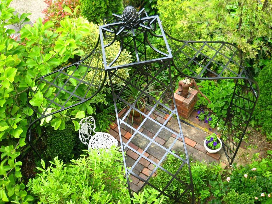 Metall Pavillon für Garten von oben fotografiert