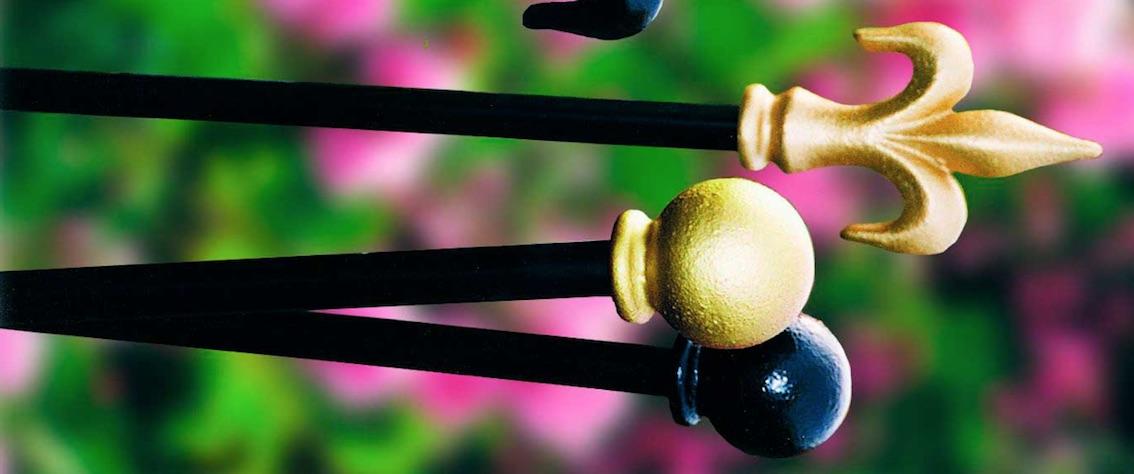 Metall Rosenstäbe in vielen Farben erhältlich