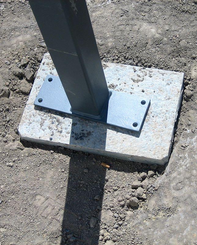 Metall Pergola Fundament mit Pflasterstein