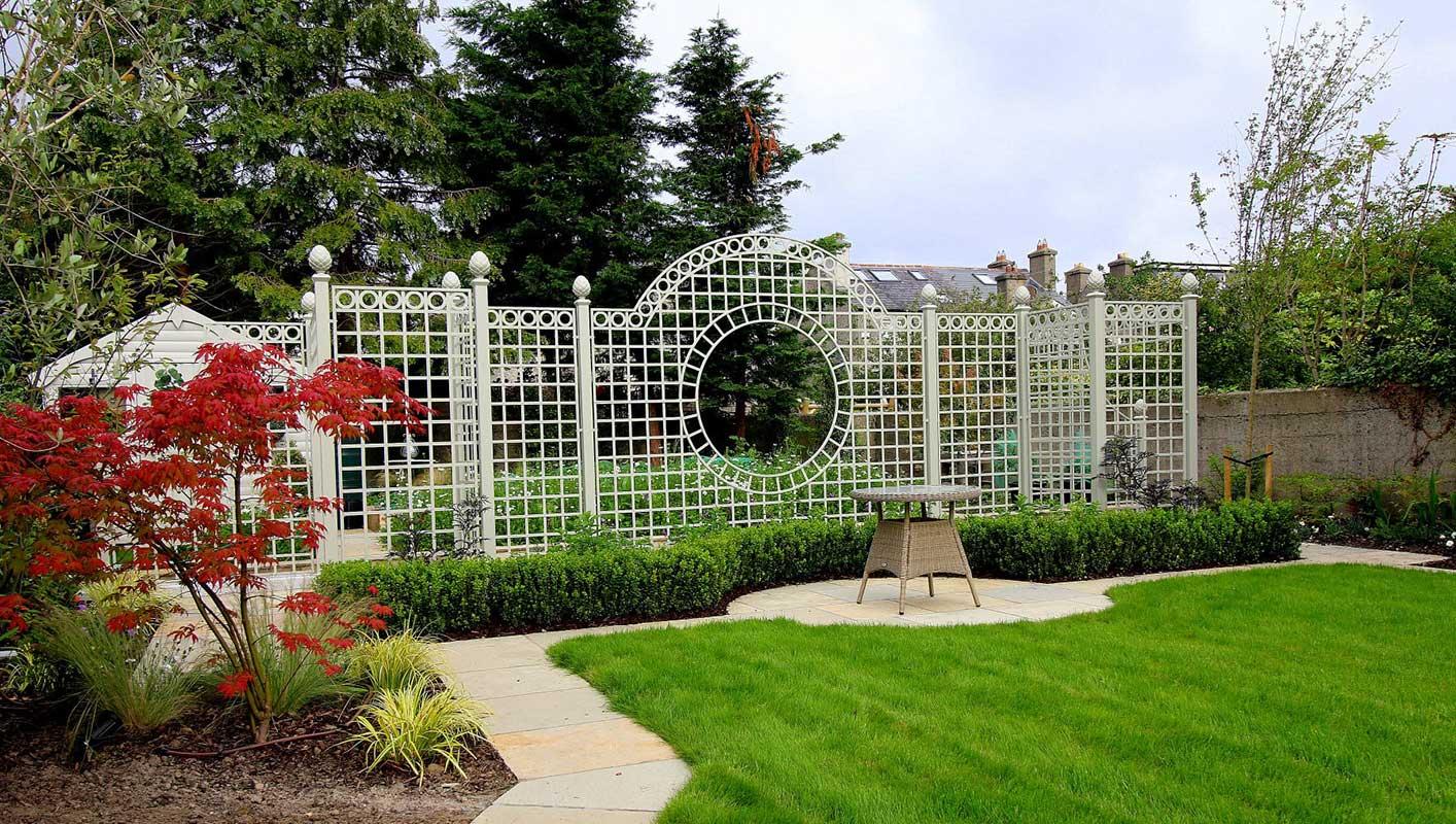 Herrschaftliches Trianon Rosen Treillage Set