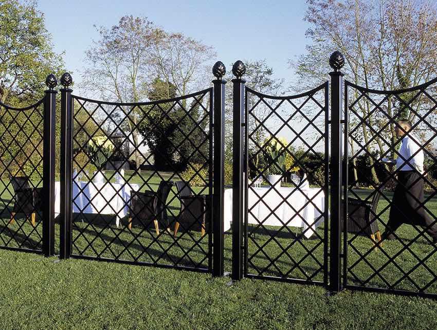 Kunstschmiede-Zaun-für-Outdoor-Catering-Events Schwarz