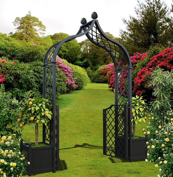 Metall Rosenbogen mit offener Gartentüre & Kübeln