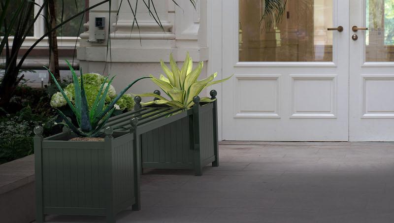 Metall Gartenbank mit zwei Pflanzkuebel